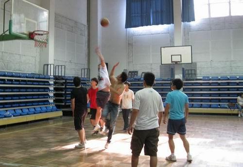 南京:我们都是篮球精英
