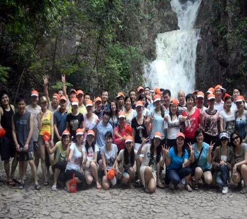 深圳:探险漂流勇往直前